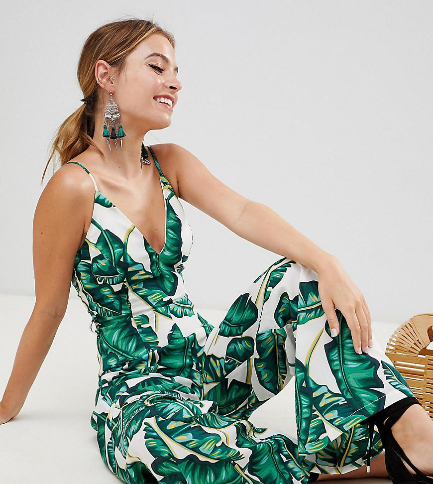 703ea373c81e Lyst - Missguided Exclusive Petite Palm Print Wide Leg Jumpsuit in Green