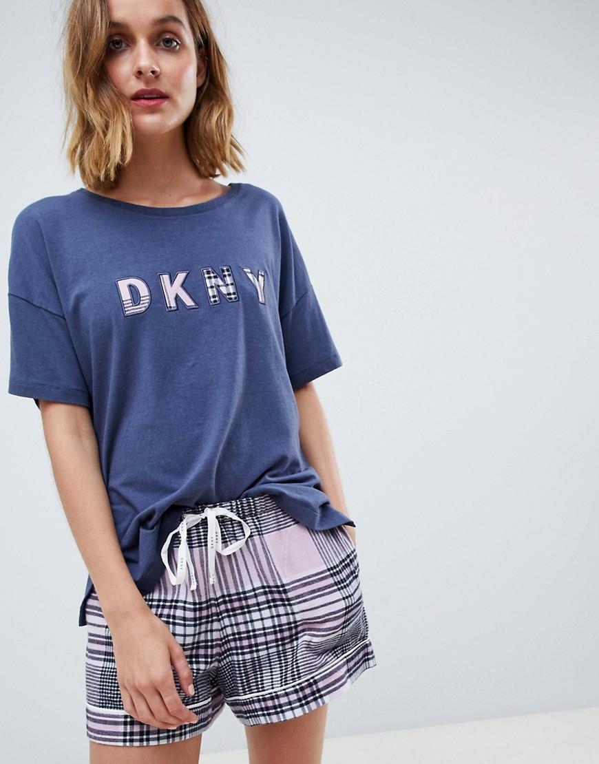 1a63c1ccc2 Lyst - Pijama con pantalones cortos y top con logo con antifaz en ...