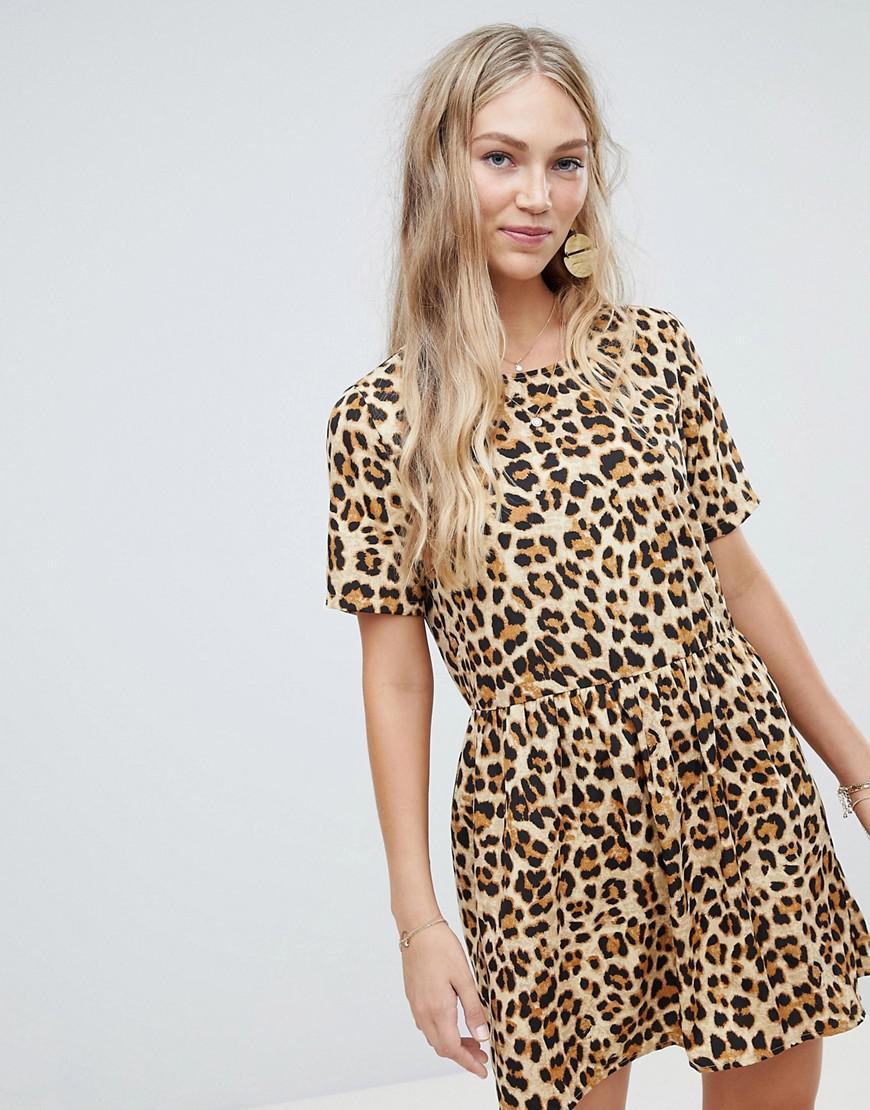 021dc37827 Vero Moda. Women s Oversize Animal Print Smock Dress