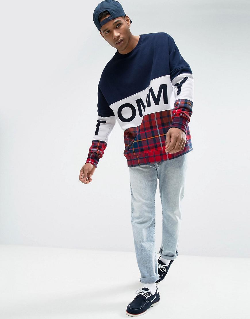 b945bccdde6 Hilfiger Denim Tommy Oversized Sweatshirt Tommy Tartan Mix In Navy ...