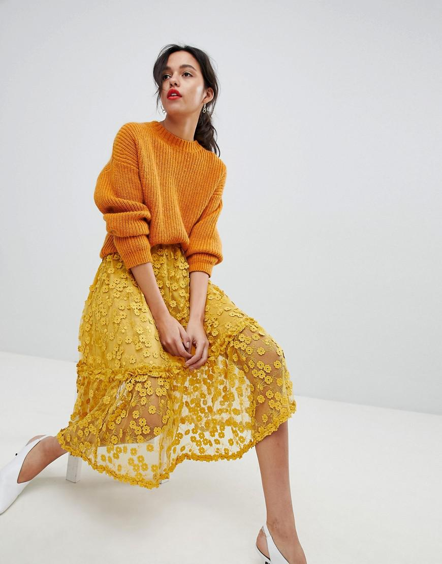 7665756d4 French Connection Lace Applique Midi Skirt in Yellow - Lyst