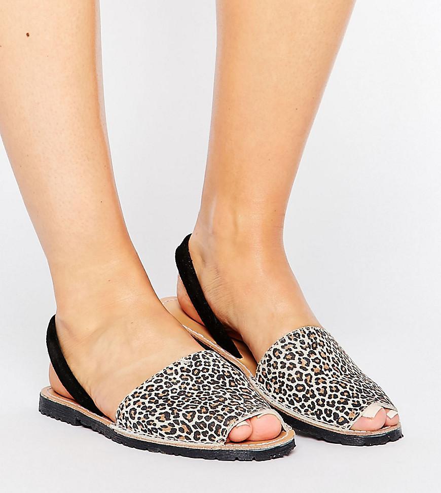 86c450a3a5cd Park Lane Wide Fit Sling Flat Leopard Leather Sandal - Lyst