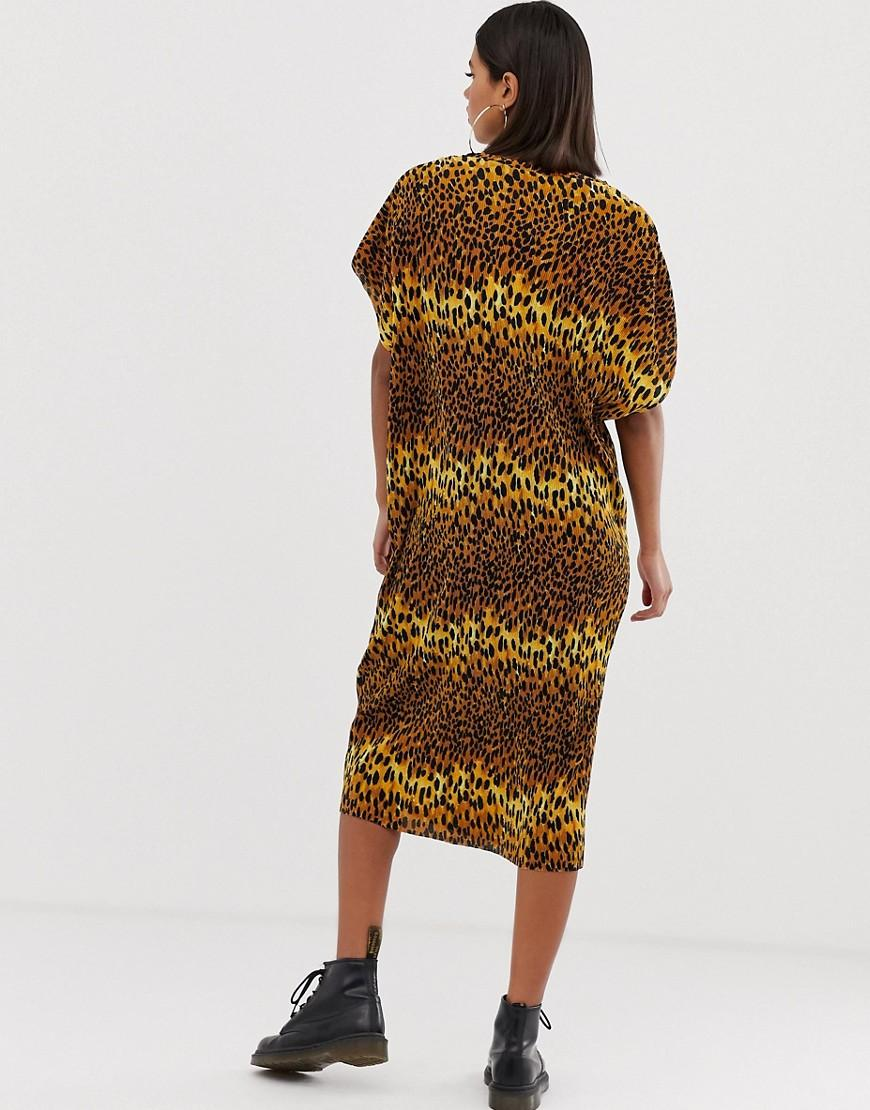 e16d2cdf7435 Lyst - ASOS Leopard Print Midi T-shirt Dress in Brown
