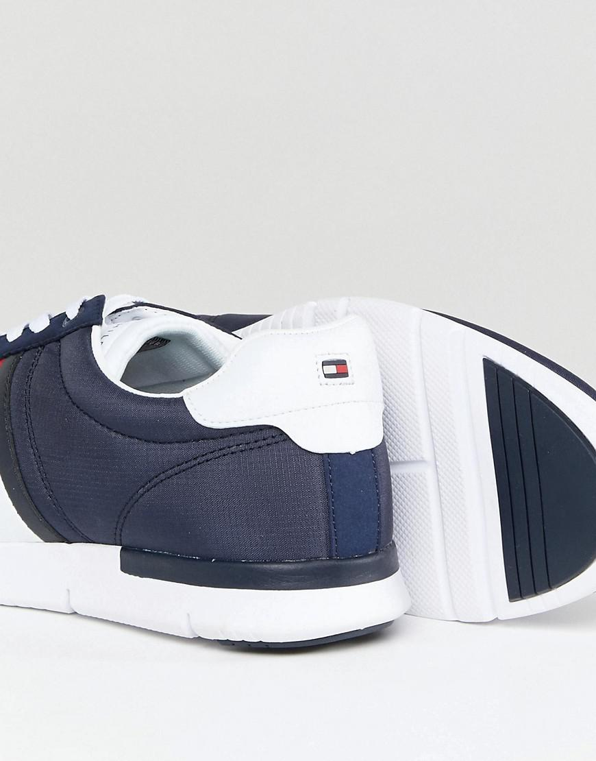 4be230f21aaa Lyst - Tommy Hilfiger Retro Lightweight Trainers Icon Flag In Navy ...