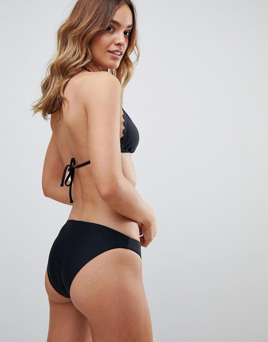 a5d5d3fbf8114 Lyst - South Beach Exclusive Mix And Match Scallop Edge Triangle Bikini Top  In Black in Black