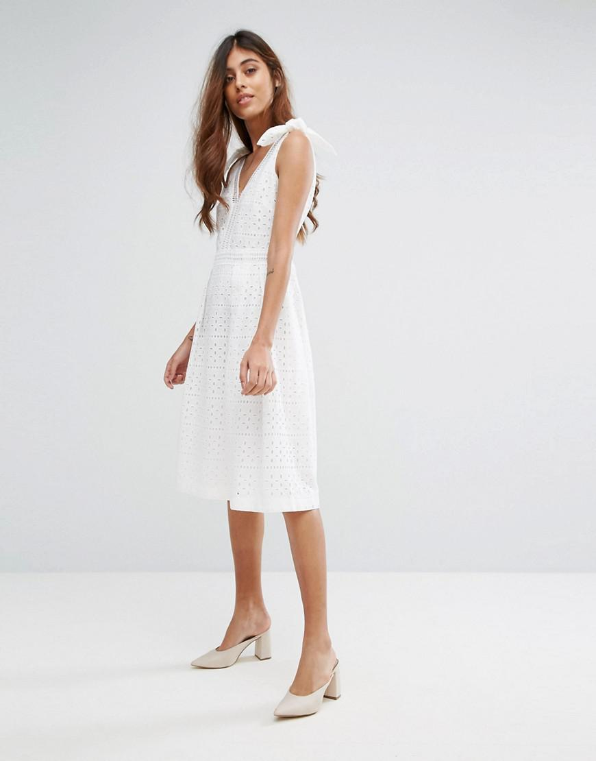 a0cd309b3a55 Oasis Premium Broderie Midi Dress in White - Lyst