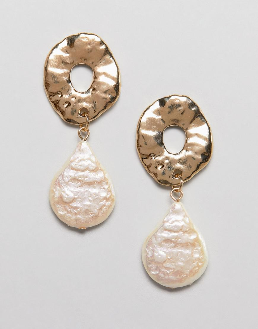 05127d10c ASOS Earrings With Textured Open Circle And Faux Pearl In Gold in ...
