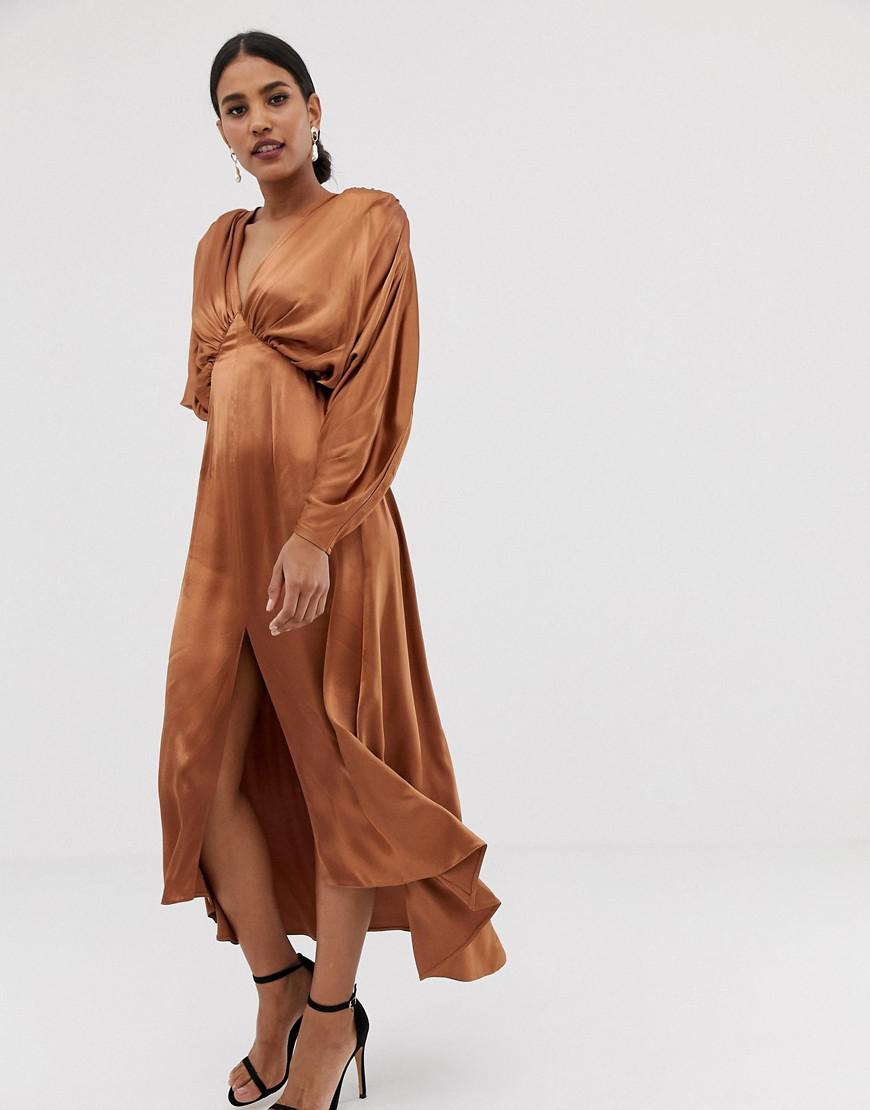 2f462321598 Lyst - ASOS Ruched Batwing Midi Dress In Satin in Natural