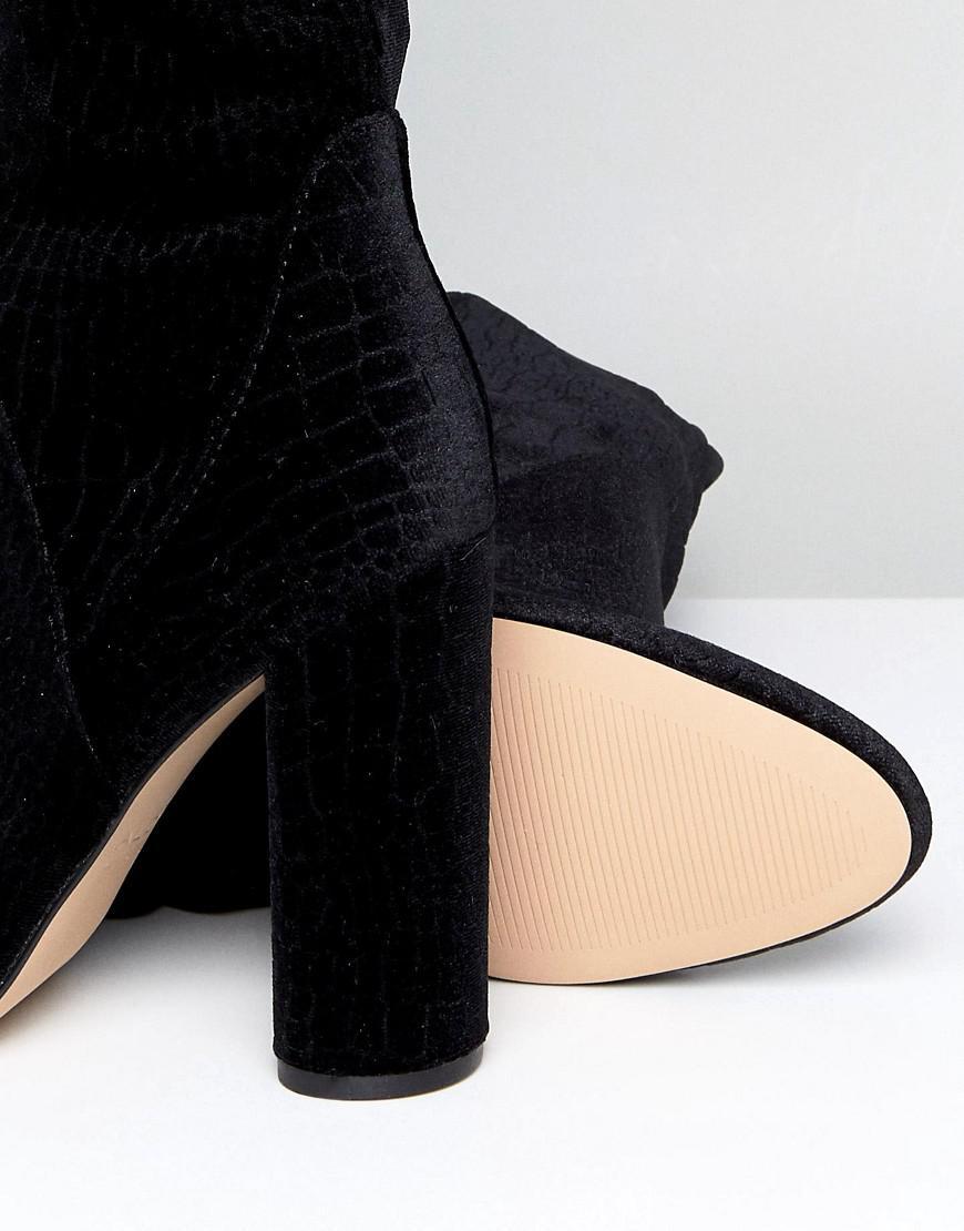 eb2689bd8331 Lyst - ALDO Tenesha Velvet Over The Knee Boots in Black