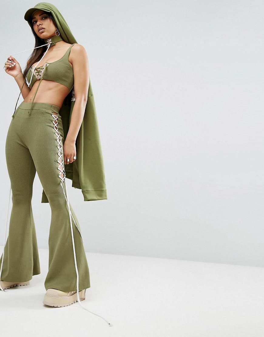 90a3f215 PUMA X Fenty Lace Side Bell Bottom in Green - Lyst