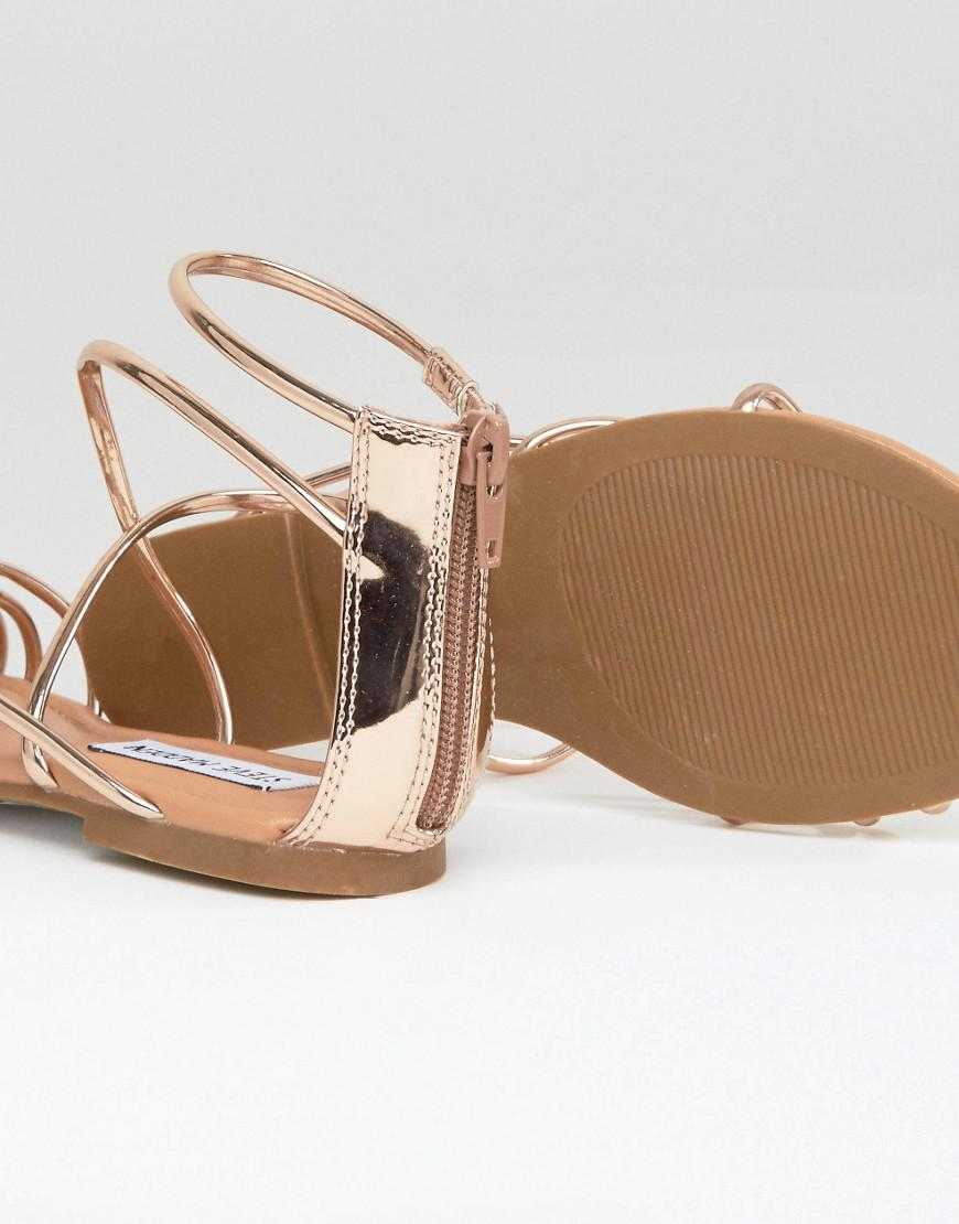c4e81e543e4 Steve Madden Sapphire Rose Gold Strappy Flat Sandals in Metallic - Lyst
