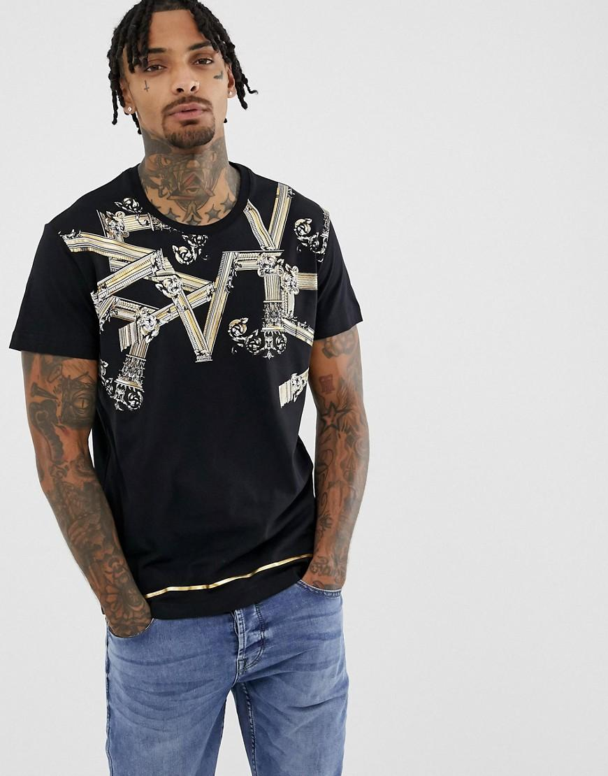 b302181d Versace Jeans T-shirt With Logo Print In Black in Black for Men - Lyst