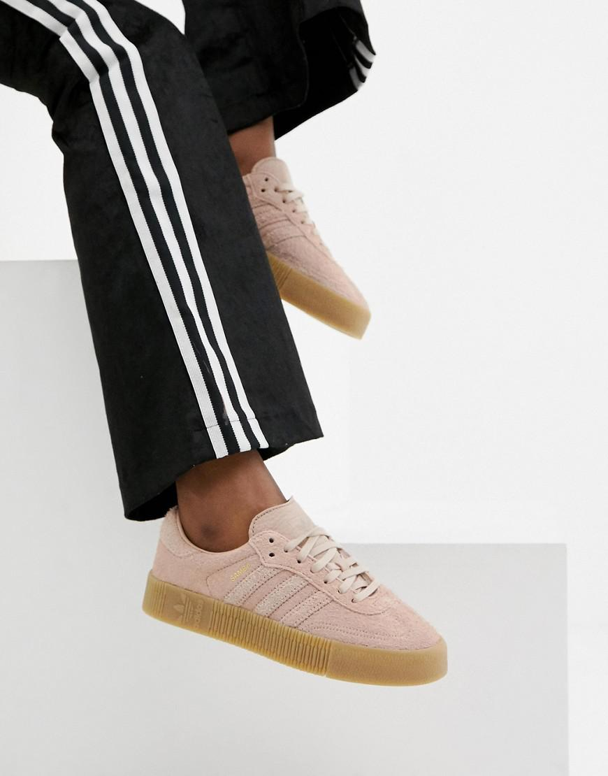 9f2edd14418 Lyst - adidas Originals Samba Rose Sneakers In Pink With Gum Sole