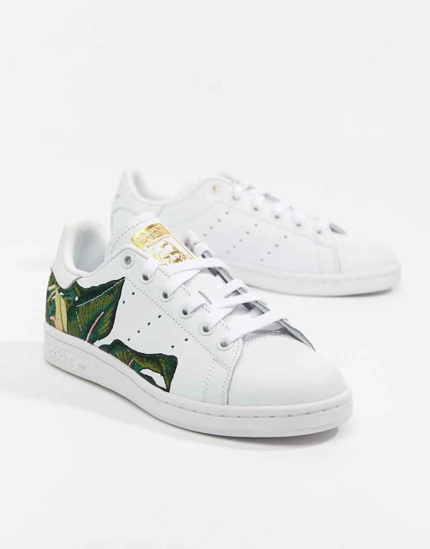 Lyst Adidas Originali Stan Smith Formatori In Bianco Con Ricami