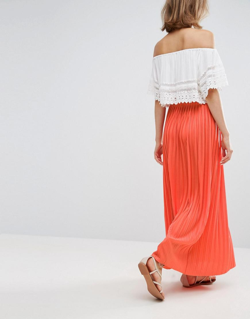 a7e89373c048 Lyst - Vanessa Bruno Athé Vanessa Bruno Athe Pleated Maxi Skirt in Red