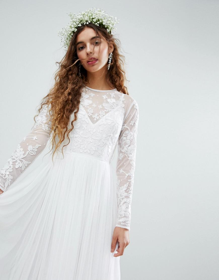 62a4081d8e6 ASOS. Women s White Wedding Floral Embroidered Bodice Maxi Dress With Mesh  Skirt
