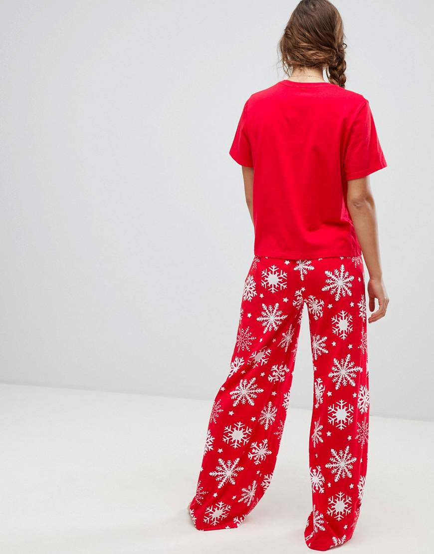 b65640e3ade Lyst - ASOS Christmas Chilling With My Snowmies Pyjama Tee And Pants Set in  Red