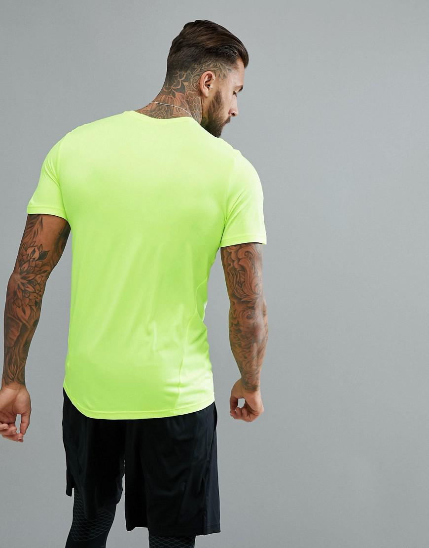 4573f4d31369d Nike Breathe Hyper Dry T-shirt In Yellow 832835-703 in Yellow for ...