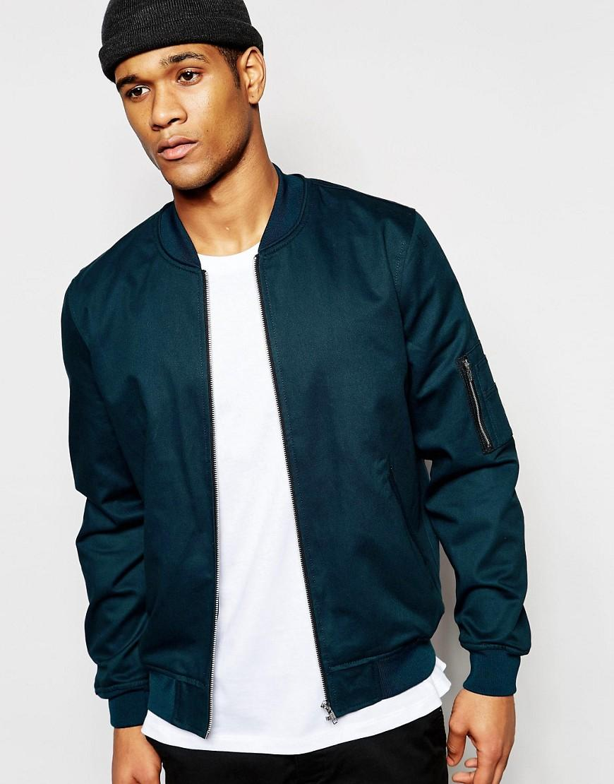 Discover bomber jackets for men at ASOS. Shop our flight jackets, leather bomber jackets & aviator jacket styles.