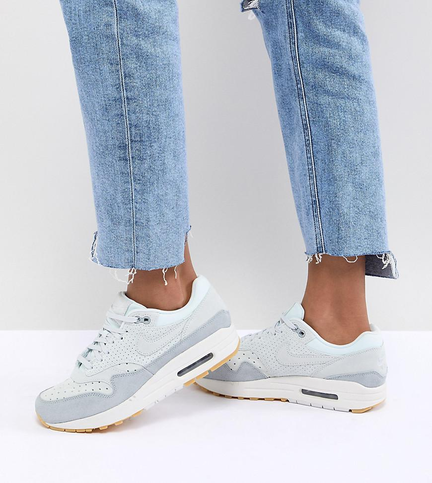 reputable site 7be80 c4a8f Gallery. Previously sold at  ASOS · Women s Nike Air Max ...