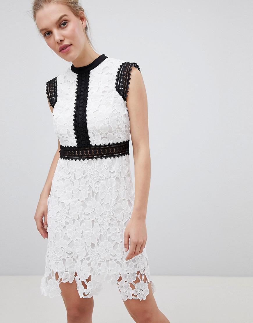 372065015f5 Liquorish - White Contrast Lace Skater Dress - Lyst. View fullscreen