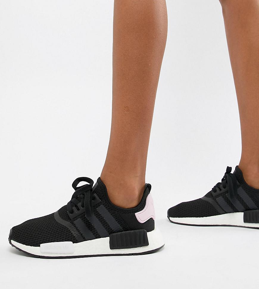 Adidas originali nmd r1 formatori in rosa e nero, nero lyst