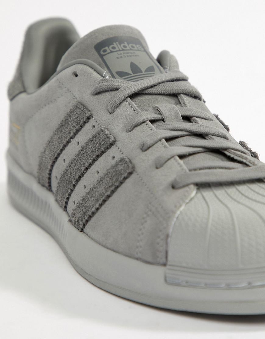 Adidas originali superstar rimbalzare formatori in grigio per gli uomini lyst