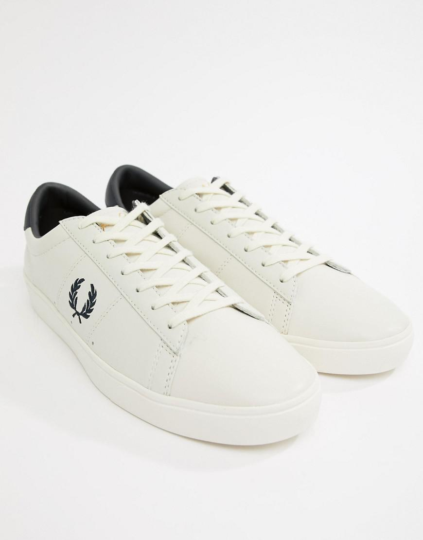 Fred Perry Spencer Leather Contrast Wreath in White buy cheap sast DVJkp