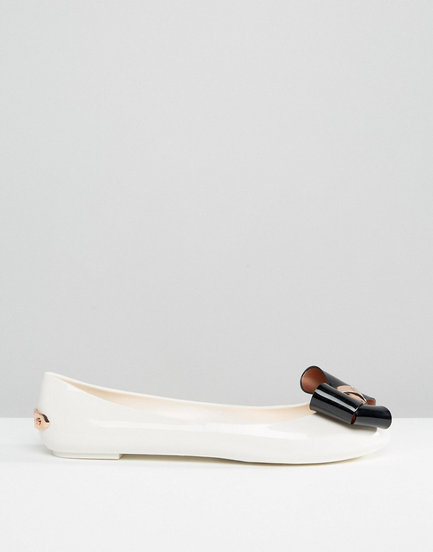 ed0c4fa16e Ted Baker Cream/black Faiyte Bow Jelly Shoes in Natural - Lyst