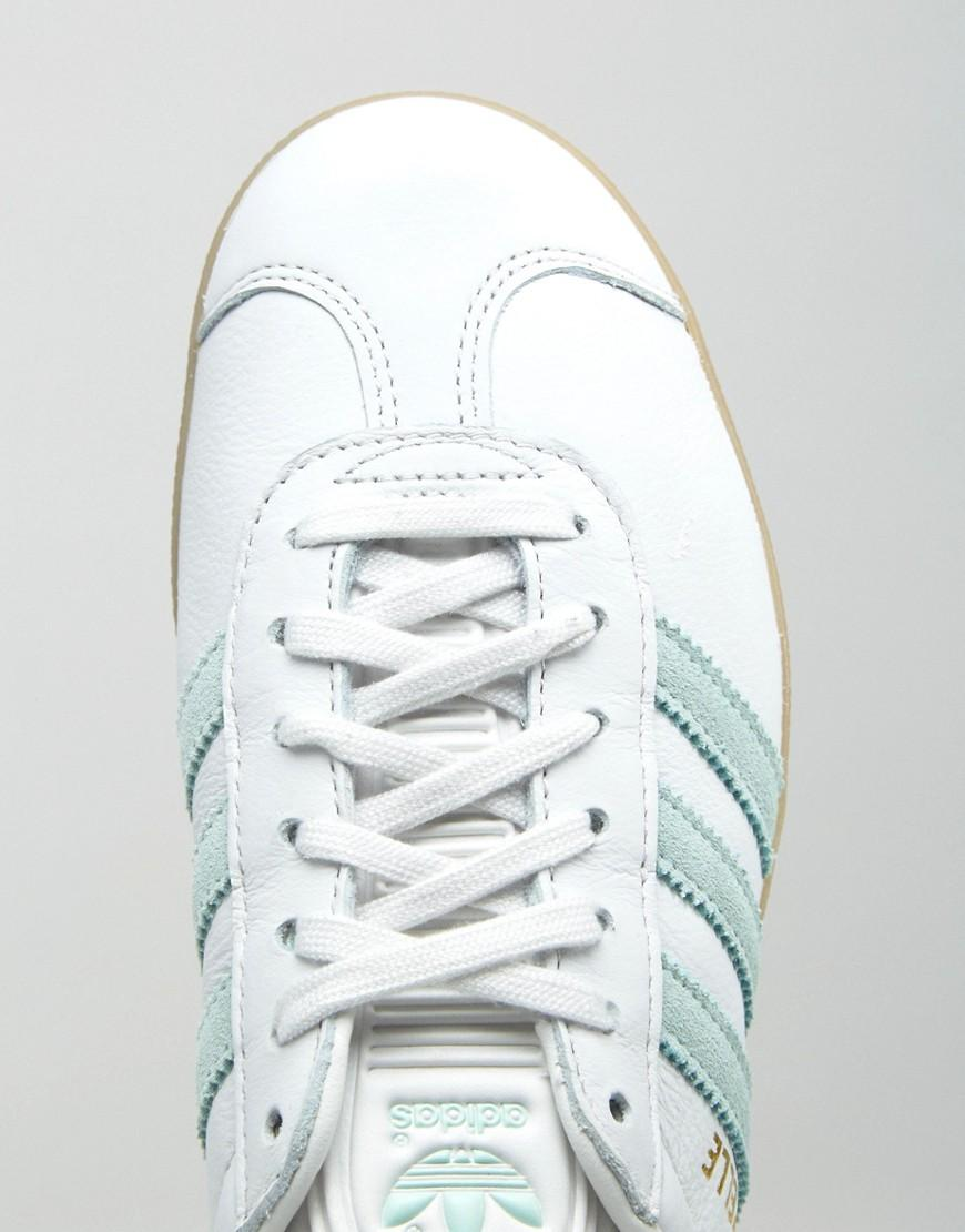 finest selection 5c082 8e808 adidas Originals Originals White And Mint Gazelle Trainers With Gum Sole in  White - Lyst