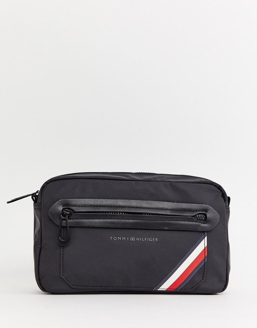 Tommy Hilfiger Easy Nylon Crossbody Bag In Black in Black for Men - Lyst 4c66fbd55a