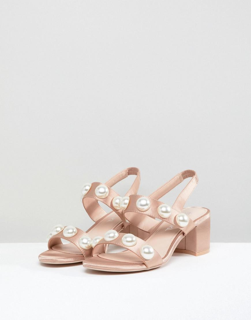 53e56bd949e Monki Pearl Detail Block Heeled Sandal in Natural - Lyst