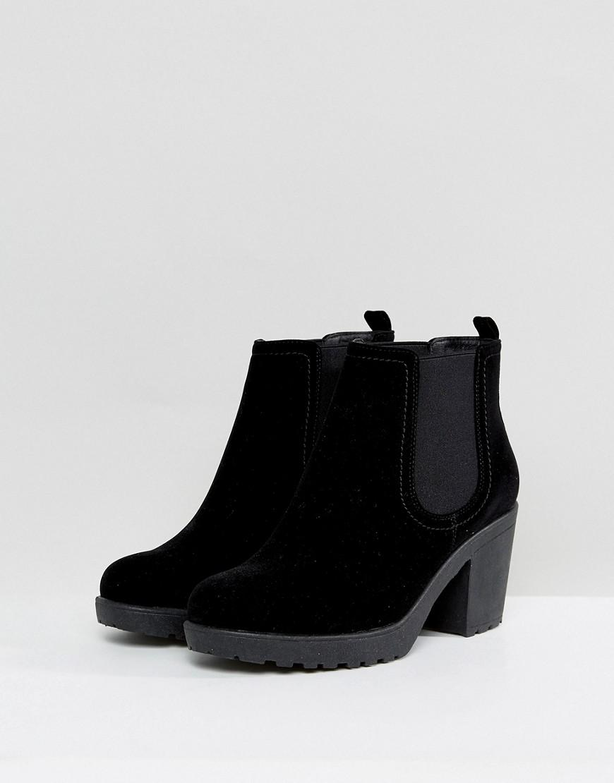 c672f80a9bec Lyst - Boohoo Chunky Heel Chelsea Boot in Black