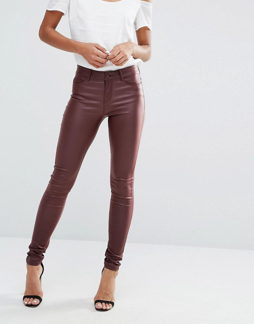 vero moda coated skinny jeans in brown lyst. Black Bedroom Furniture Sets. Home Design Ideas