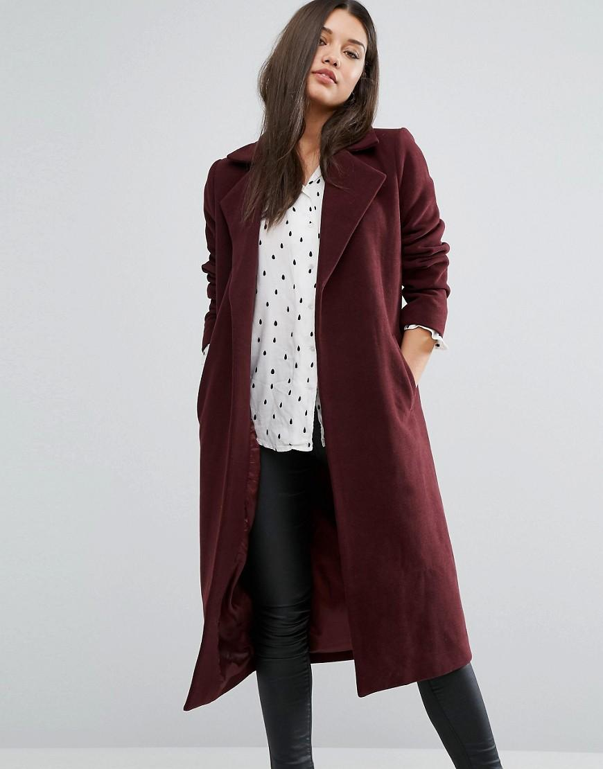 Duster Coats Do the practical thing, and invest in an on-trend outerwear piece. Lightweight duster coats have tricky, trans-seasonal layering on lockdown, shearling Borg jackets bring fleece back and blazers come relaxed in boyfriend fits.