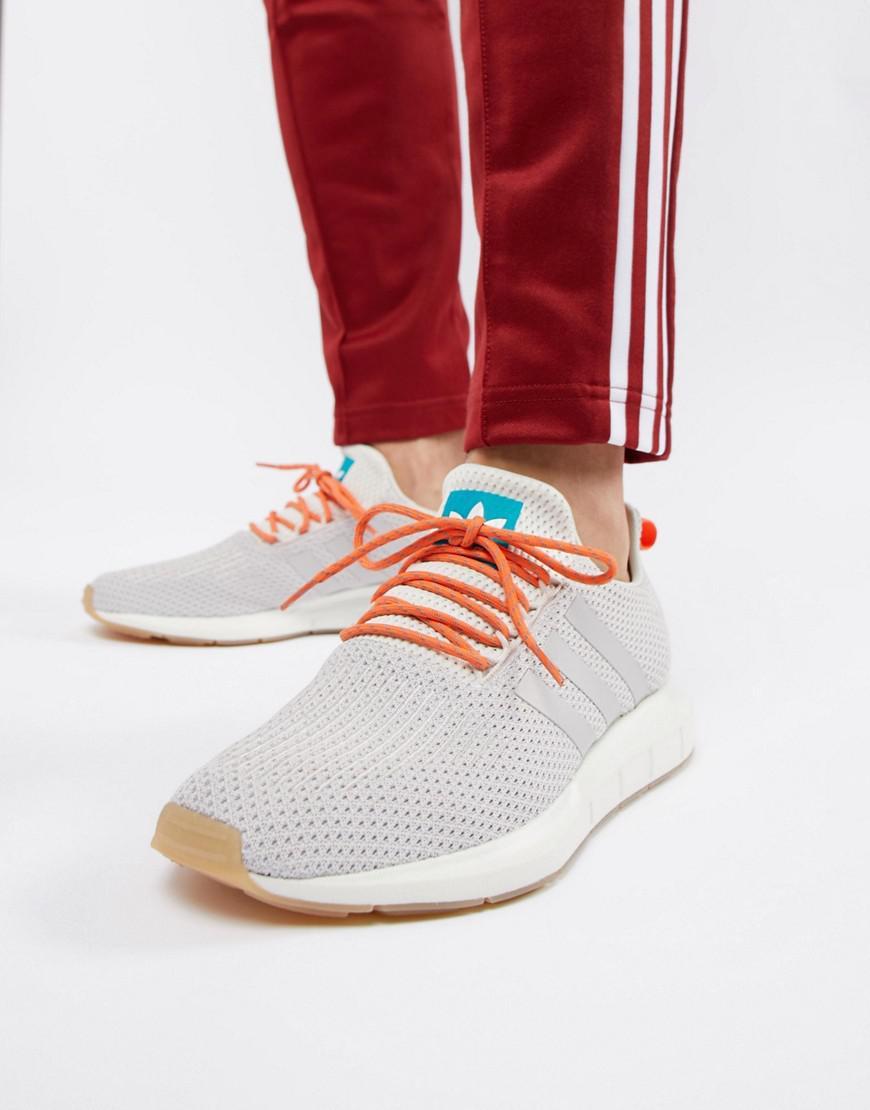 adidas Originals Swift Run Summer Sneakers In White Cq3085 in White ... 5d47aec75e0d