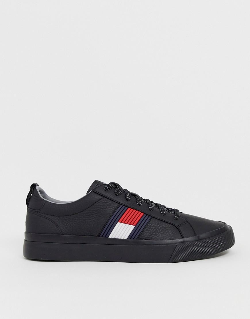 c3bcba40f Tommy Hilfiger Leather Trainer With Raised Flag Branding In Black in ...
