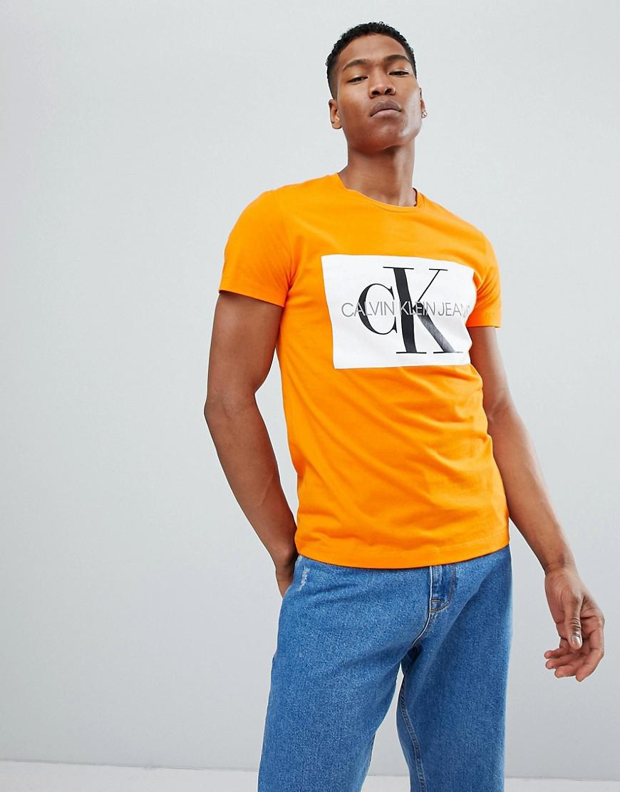 60a6002ca8ab Calvin Klein T-shirt With Reissue Box Logo in Orange for Men - Lyst