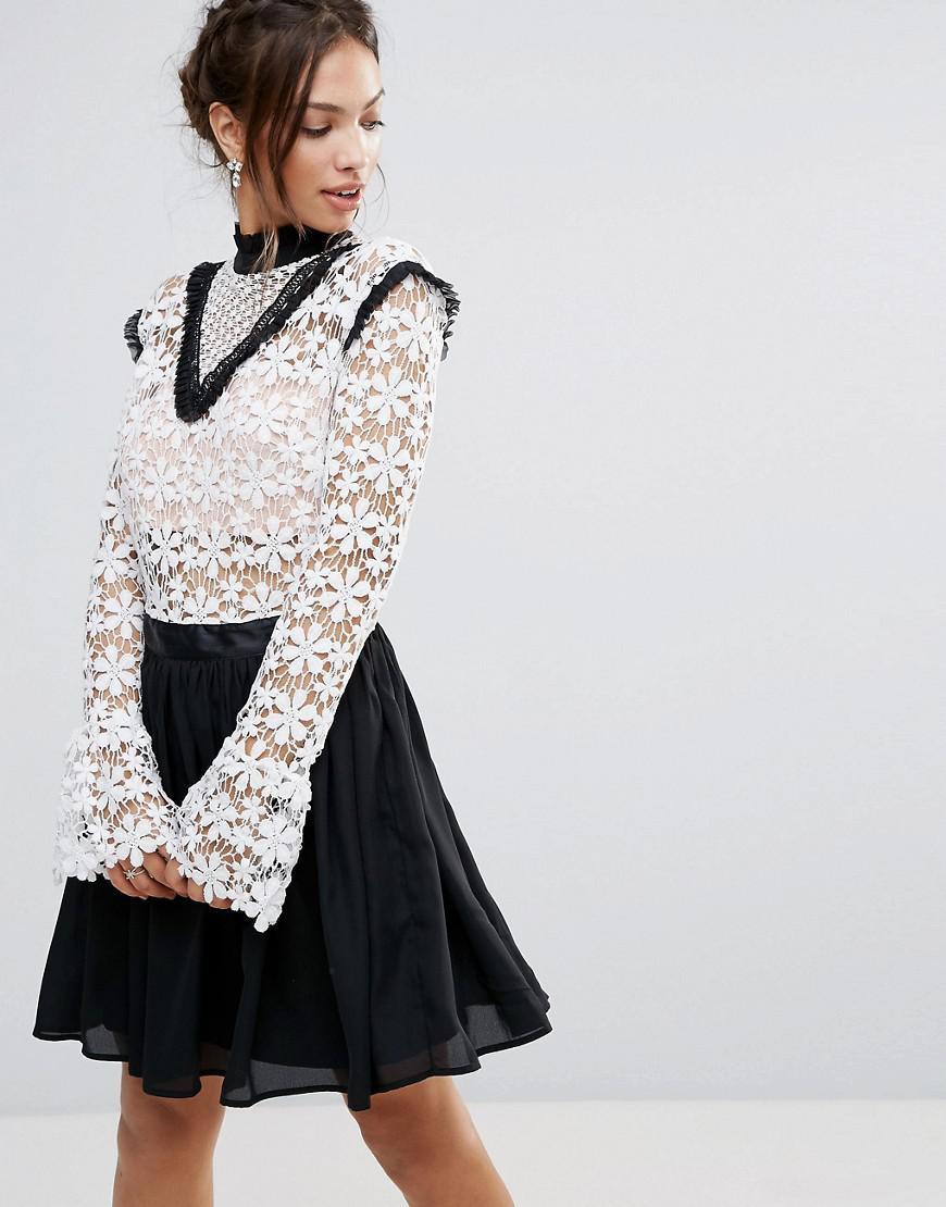 270ec178ec33 Amy Lynn High Neck Skater Dress With Lace Body in Black - Lyst
