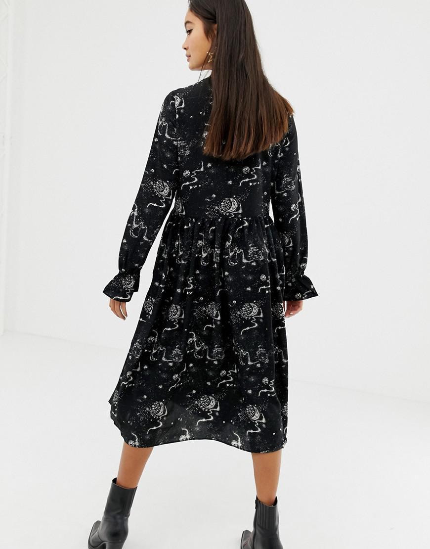 abd25183296ea Glamorous Midi Skater Dress With Pleated Skirt In Celestial Print in Black  - Lyst
