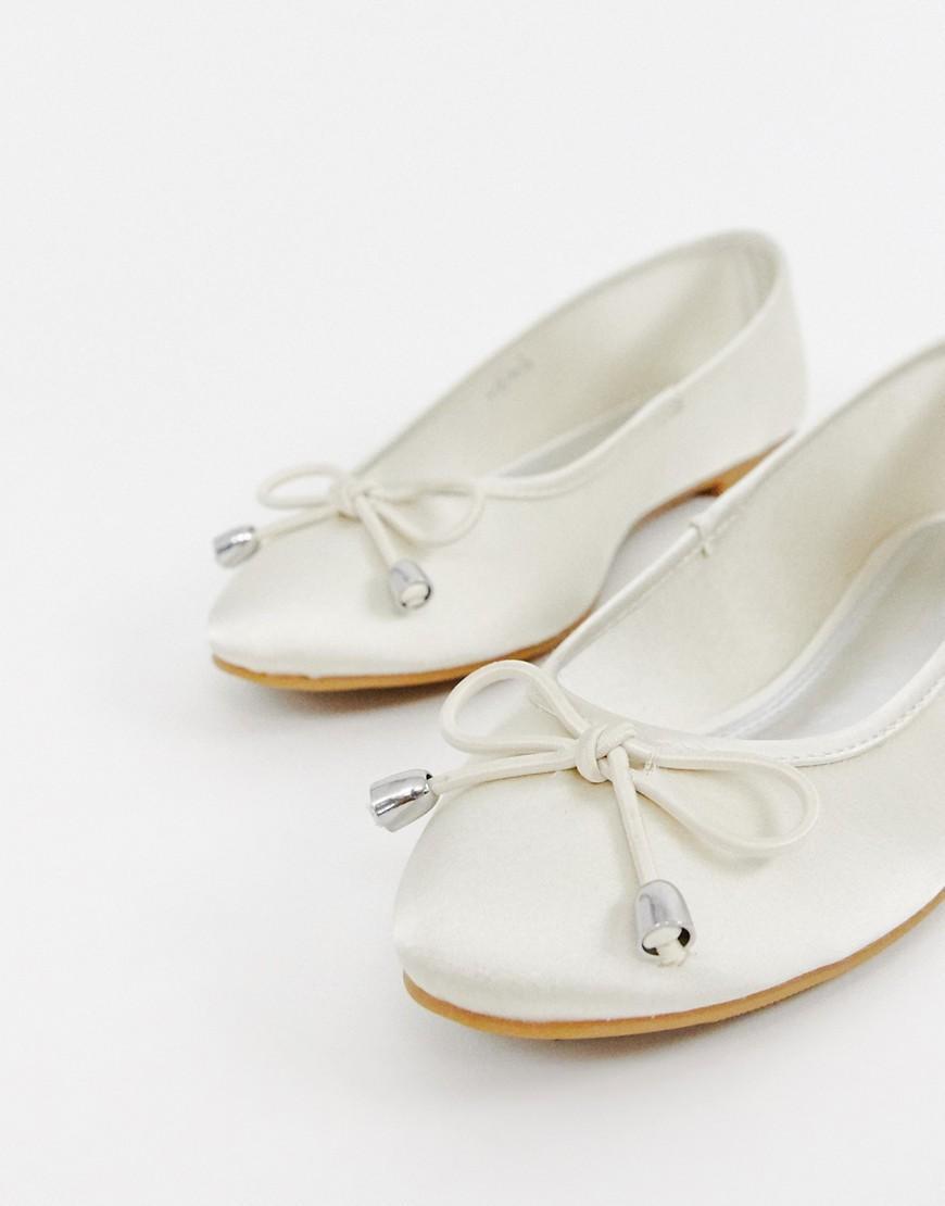 97d53f63e7d9 ASOS Libra Ballet Flats In Ivory in White - Lyst