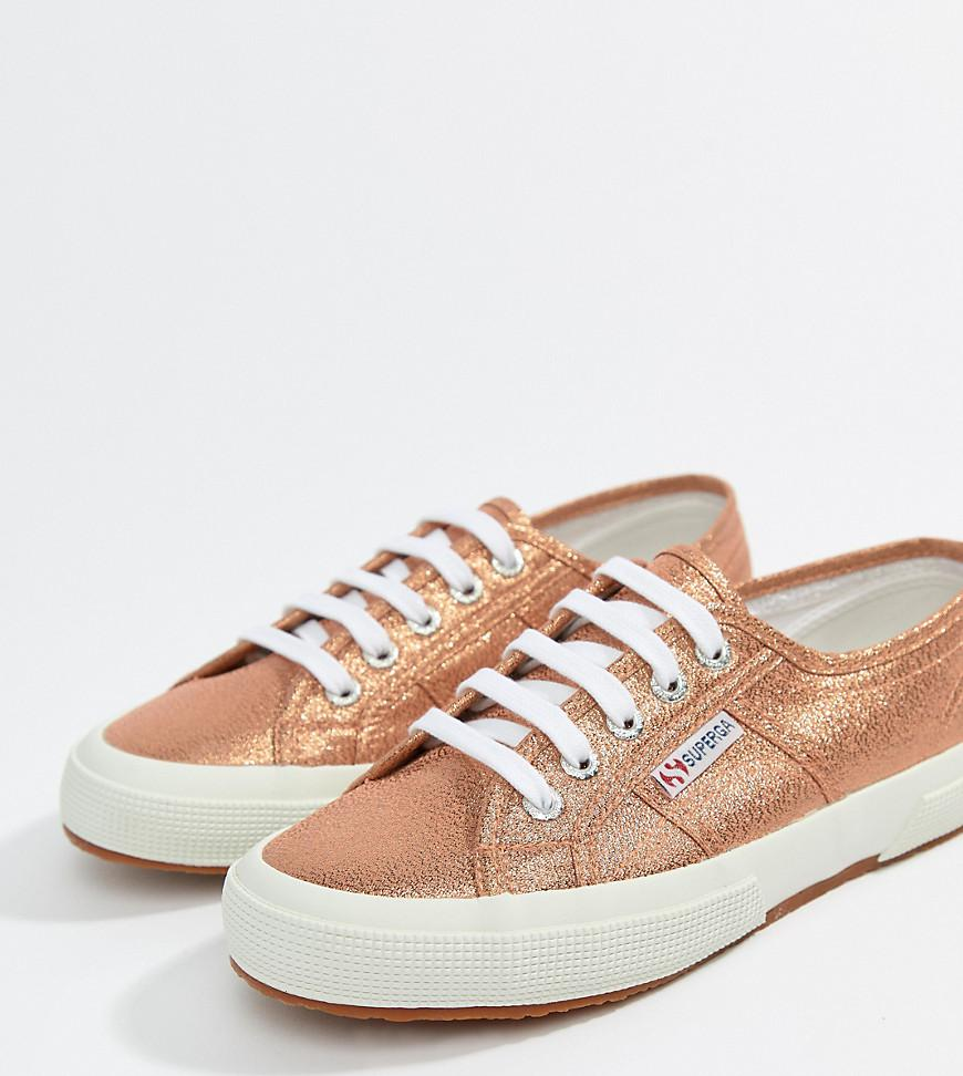 55c3cae500191 Lyst - Superga 2750 Lame Metallic Trainers In Pink in Pink