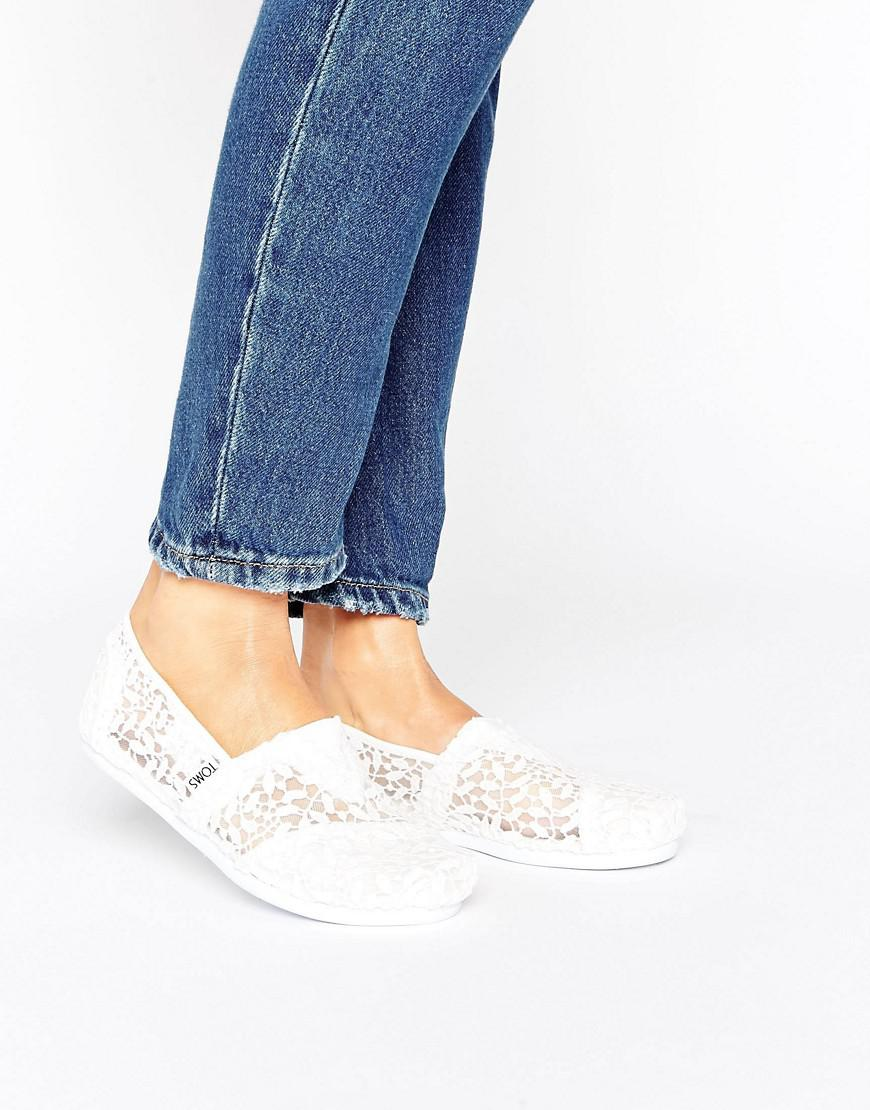 c25066f7e37e TOMS Classic White Lace Leaves Flat Shoes in White - Lyst