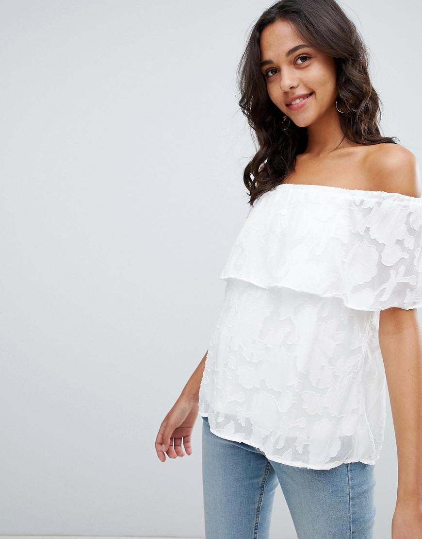 893266466acd80 Lyst - Vila Jacquard Floral Cold Shoulder Top in White