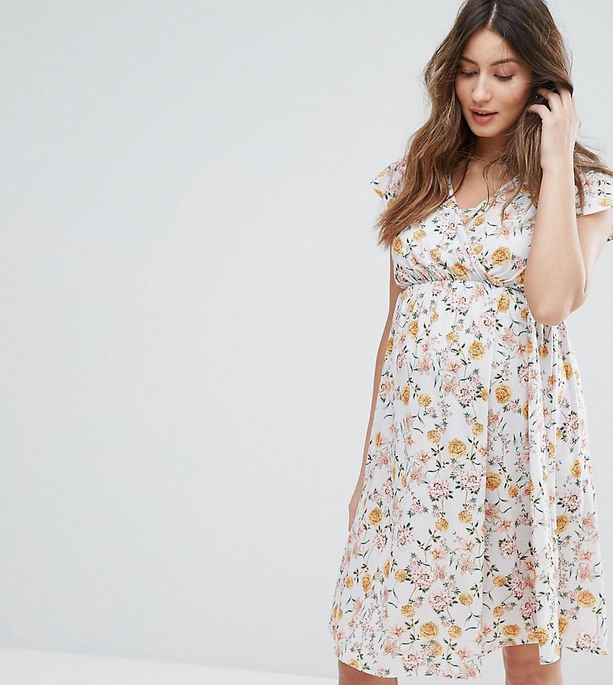 36e7e165fb4f5 Bluebelle Maternity Nursing Floral Wrap Dress - Lyst
