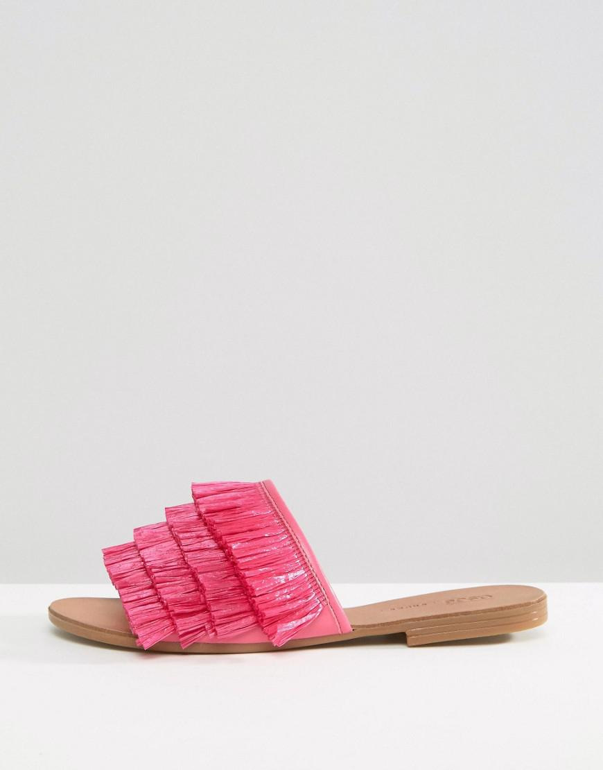 30d2cdeb82b Lyst - ASOS Flump Straw Sliders in Pink