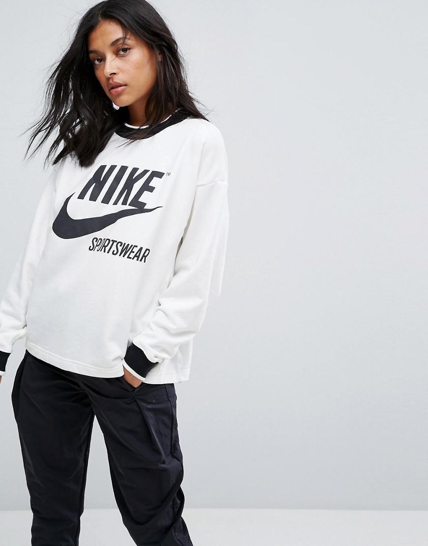 b4a4cb395ce7 Nike Archive Sweatshirt In Cream - Lyst