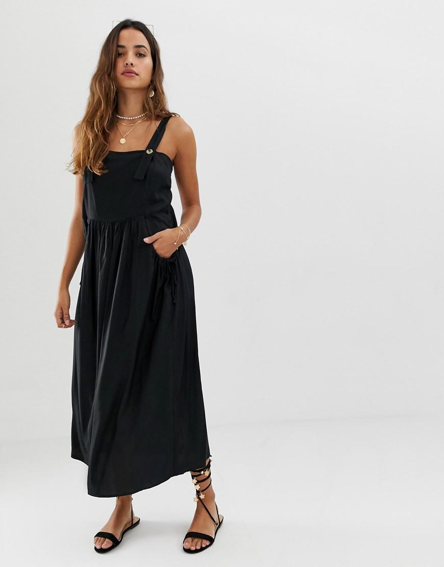 a35a2b7a25c ASOS Dungaree Midi Sundress With Pocket Detail in Black - Lyst