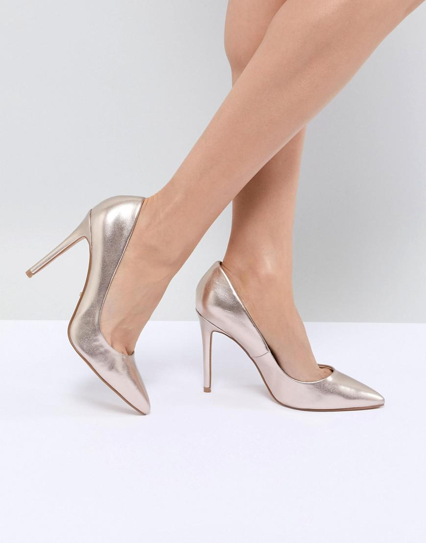 a2f70202cf1 Faith Chloe Rose Gold Pointed Heeled Shoes in Metallic - Lyst