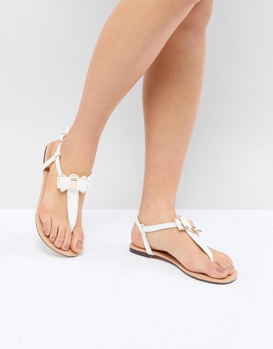 3e37f284741e19 Lyst - Oasis Bow Toe Post Sandals in White